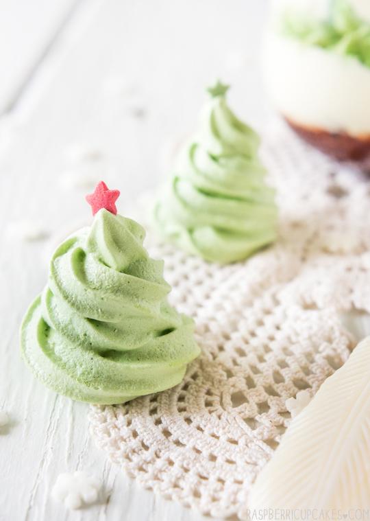 christmas-mess-with-christmas-tree-meringues-diy-masters-img004